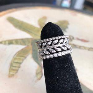 Stella & Dot gorgeous stackable ring set!